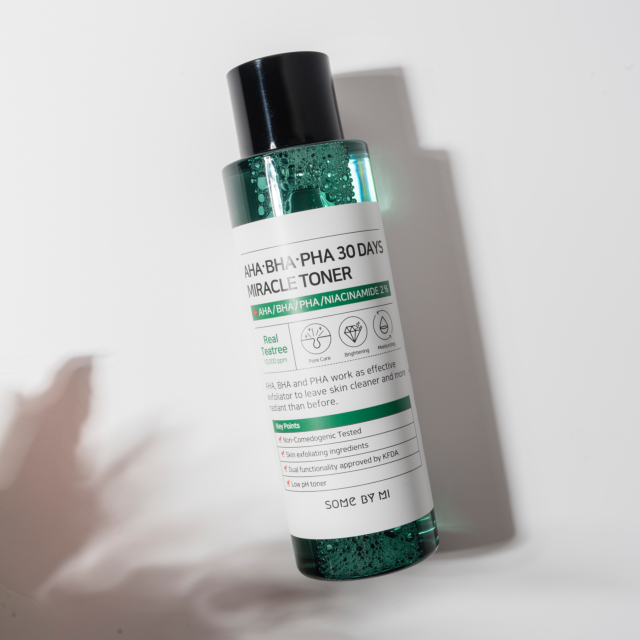 AHA, BHA, PHA 30 Days Miracle Toner