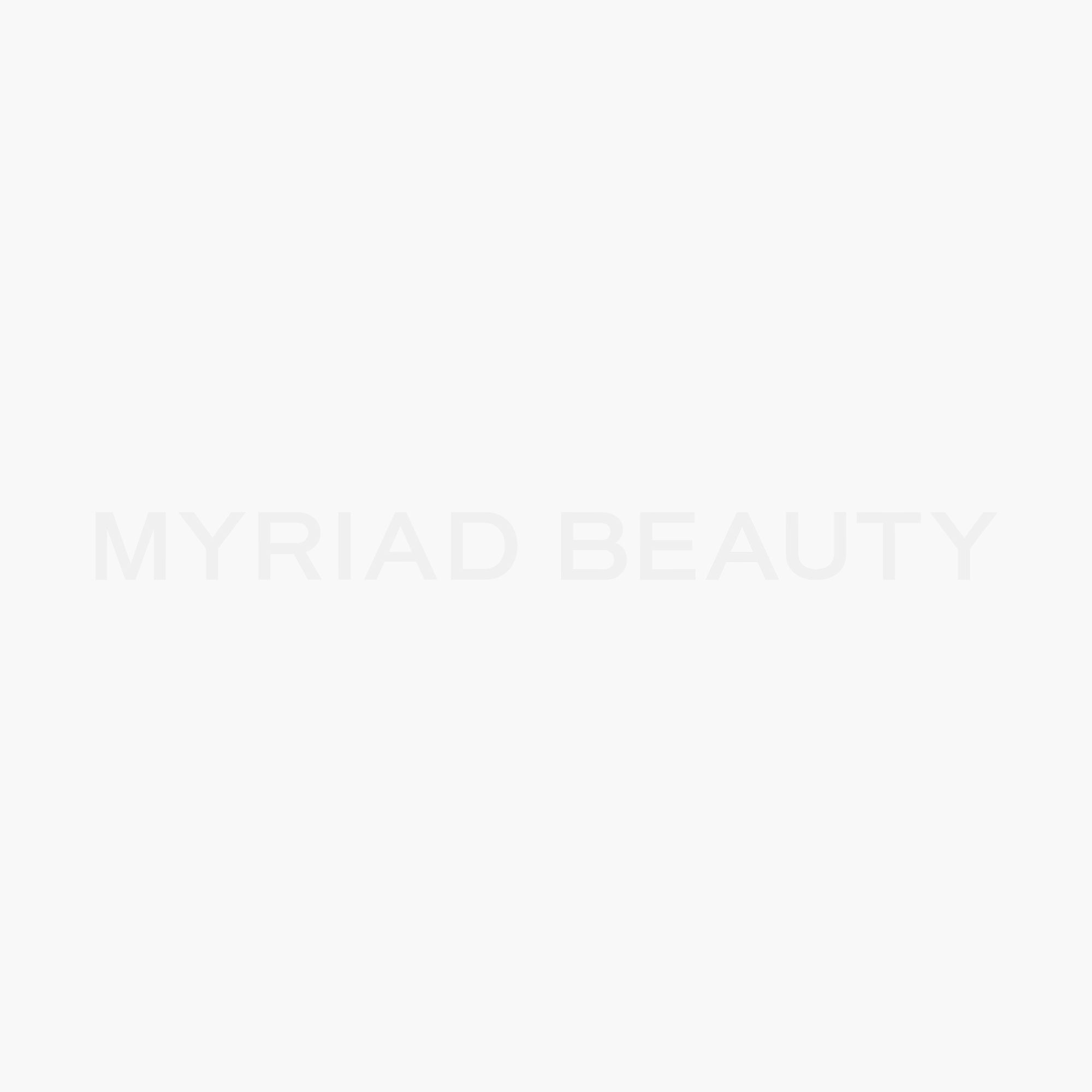 Hydrate Me. Micro Ampoule Essence